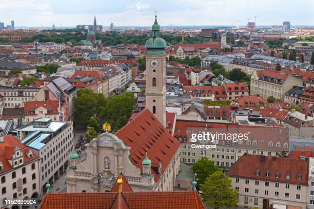 church of the holy spirit in munich - gwengoat stock pictures, royalty-free photos & images