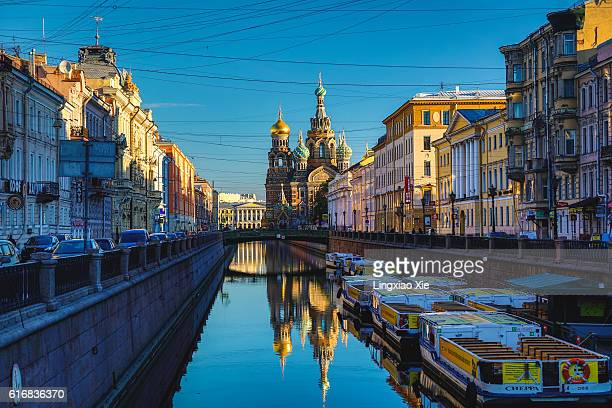 church of the savior on spilled blood at sunrise, st. petersburg - st. petersburg russia stock photos and pictures