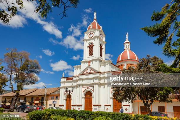 church on the town square in the andes town of subachoque in colombia - cundinamarca stock pictures, royalty-free photos & images