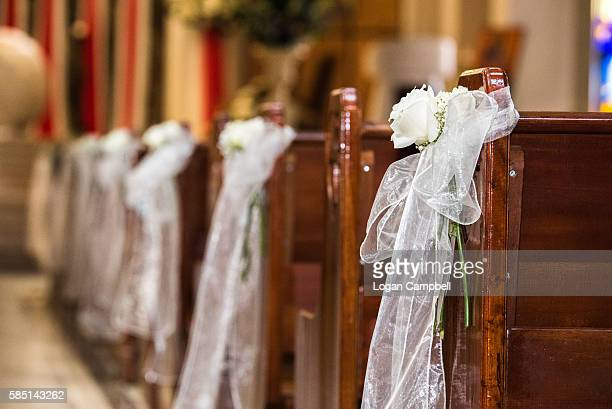 church pew wedding - church wedding decorations stock pictures, royalty-free photos & images
