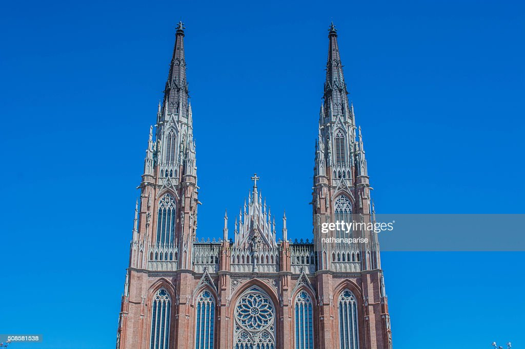 Church reaching the sky : Stockfoto