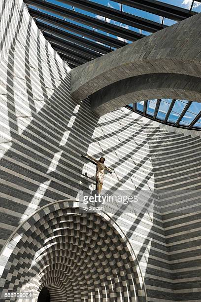 church san giovanni battista by mario botta - syolacan ストックフォトと画像