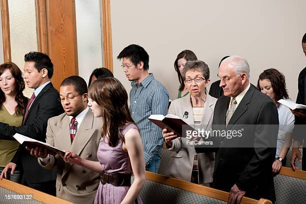 church service - protestantism stock pictures, royalty-free photos & images