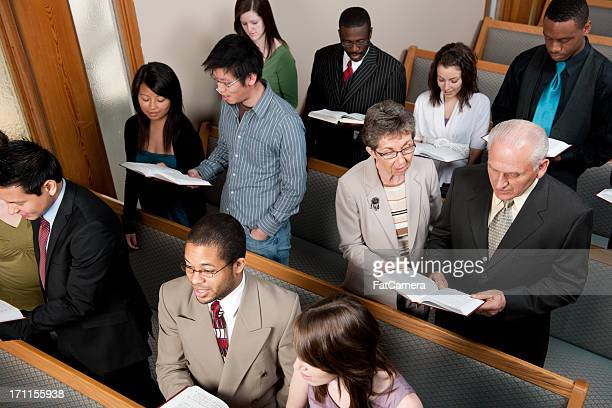 church service - congregation stock pictures, royalty-free photos & images