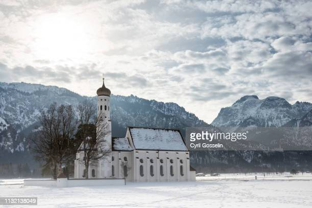 church st. coloman - neuschwanstein castle stock pictures, royalty-free photos & images