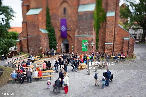 church with children / dannenberg - community festival 2011 - gemeente stockfoto's en -beelden