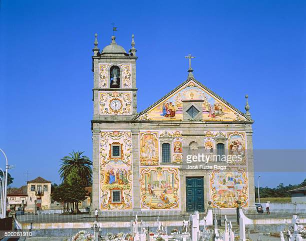 church with mural painting at ovar (portugal) - アヴェイロ県 ストックフォトと画像