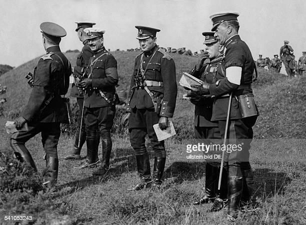 Churchill Winston*30111874Politiker GB als HusarenLeutnant 1910