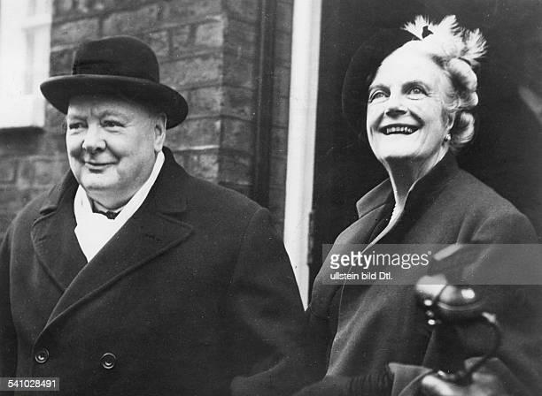 Churchill, Winston*30.11.1874-+Politiker, GBPremierminister 1940-1945mit seine Ehefrau Lady Clementine