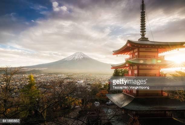 Chureito pagoda autumn mount Fuji view sunset
