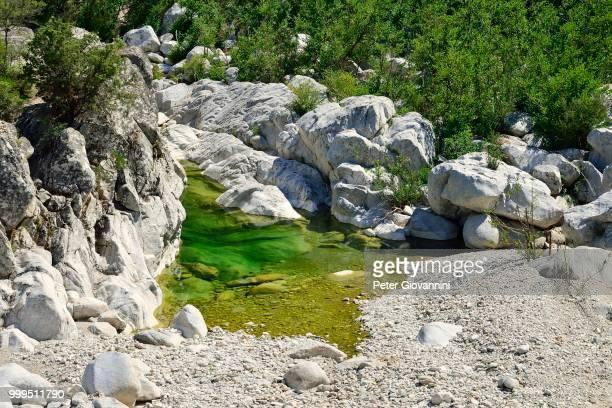 churn hole of the riu fiumineddu, gennargentu national park, supramonte, province of nuoro, sardinia, italy - gennargentu foto e immagini stock
