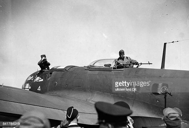 Ciano Galeazzo Politician Italy*the Italian Minister of Foreign Affairs visiting the occupied territory in the West Ciano in an aircraft of the...
