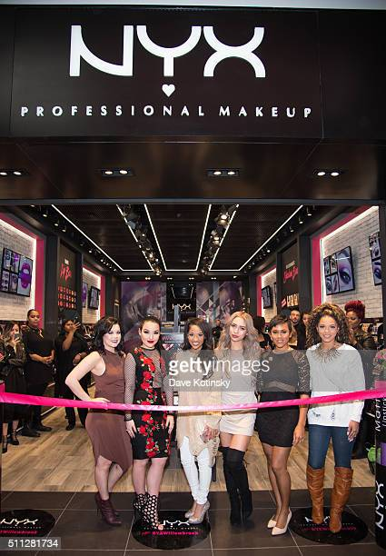 CiaooBelllaxo Amanda Ensing Kennedy Knight Amy Pham Shameless Maya and Denise Sanchez attend the NYX Professional Makeup Store Willowbrook Grand...