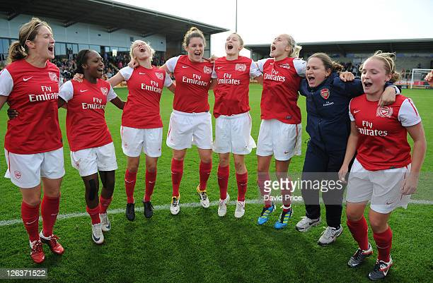 Ciara Grant Danielle Carter Gilly Flaherty Jennifer Beattie Ellen White Steph Houghton Laura Harvey and Kim Little of Arsenal celebrate at the final...