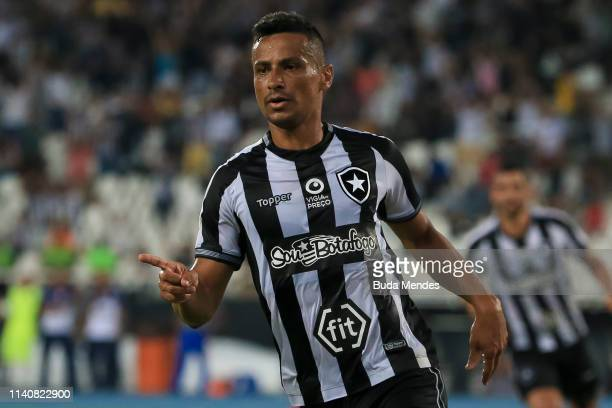 Cicero of Botafogo celebrates after scoring the third goal of his team during a match between Botafogo and Bahia as part of Brasileirao Series A 2019...
