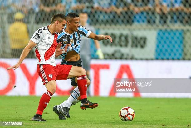 Cicero of Gremio battles for the ball against Rafael Santos Borre of River Plate during the match between Gremio and River Plate part of Copa...