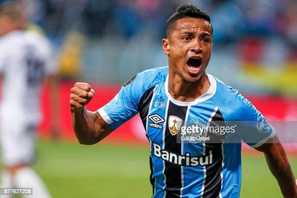 NOVEMBER 22 Cicero of Gremio celebrates their first goal during the match between Gremio and Lanus part of Copa Bridgestone Libertadores 2017 Final...