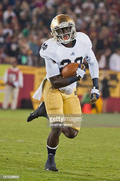 Cierre Wood of the Notre Dame Fighting Irish runs the ball during a 2213 victory over the USC Trojans at Los Angeles Memorial Coliseum on November 24...