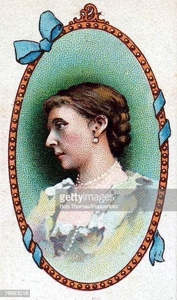 Cigarette card British Royalty Princess Alice 2nd daughter of Queen Victoria born April 25th 1843 and married HRH Louis IV Grand Duke of Hesse in 1862