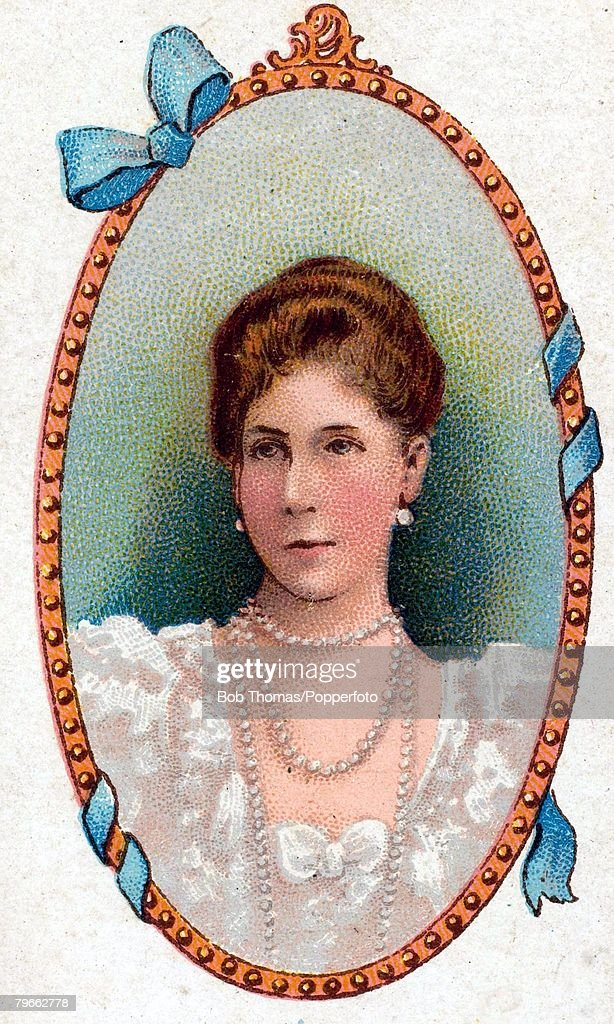 Cigarette card, (produced circa 1900), European Royalty, H,R,H, Victoria Melita, Grand Duchess of Hesse, born November 25th 1876, who married Ernest Louis, Grand Duke of Hesse in 1894 : News Photo