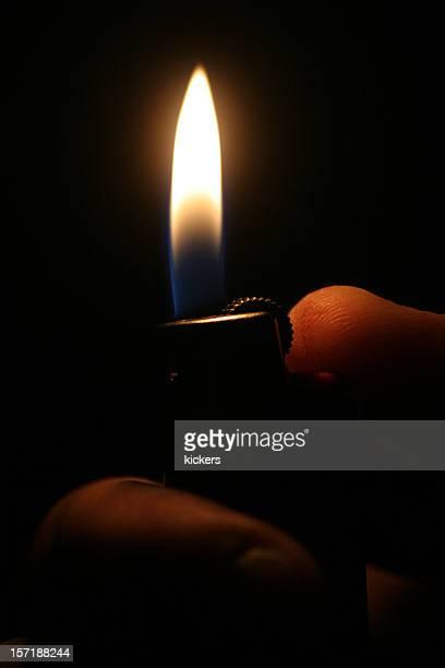 Briquet dans l'obscurité