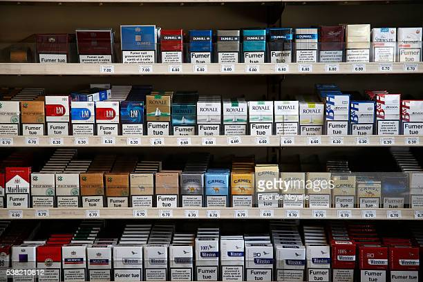 cigarette packs - cigarette packet stock pictures, royalty-free photos & images