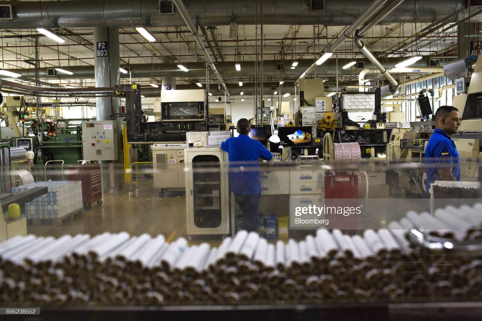 Operations At The Philip Morris International Coltabaco SAS Tobacco Factory : Fotografía de noticias