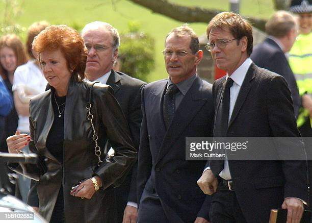Cilla Black Cliff Richard Attend The Funeral Of Caron Keating At Herver Castle In Kent