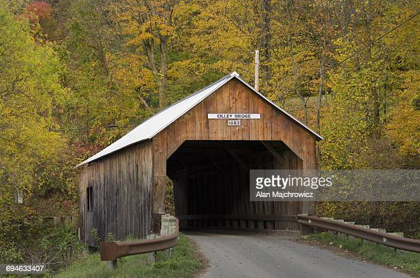 cilley covered bridge - covered bridge stock pictures, royalty-free photos & images