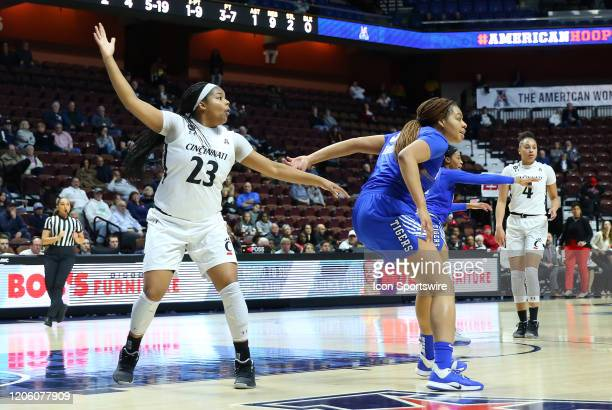 Cincinnati Bearcats forward Iimar'i Thomas calls for the ball during the women's American Athletic Conference Tournament game between Memphis Tigers...