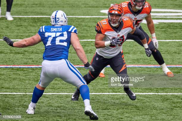 Cincinnati Bengals Defensive End Amani Bledsoe battles with Indianapolis Colts Offensive Tackle Braden Smith in game action during a NFL game between...