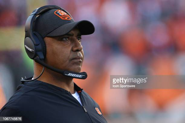 Cincinnati Bengals head coach Marvin Lewis looks at the scoreboard during the game against the Denver Broncos and the Cincinnati Bengals on December...