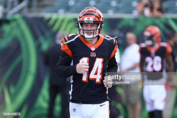 Cincinnati Bengals quarterback Andy Dalton warms up before the preseason game against the Indianapolis Colts and the Cincinnati Bengals on August...