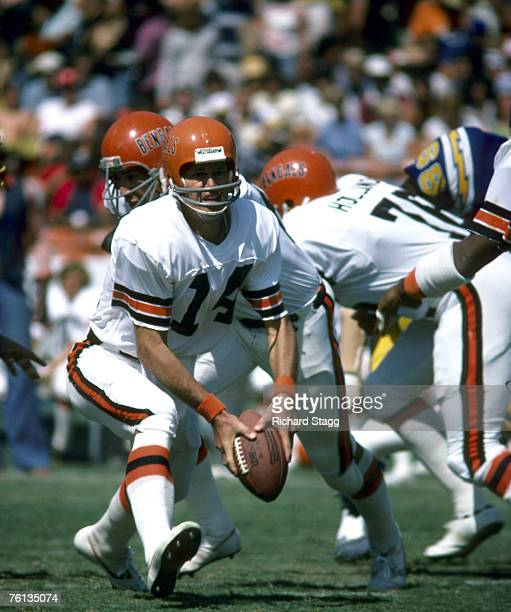 Cincinnati Bengals quarterback Ken Anderson pitches the ball during a 243 loss to the San Diego Chargers on October 2 at San Diego Stadium in San...
