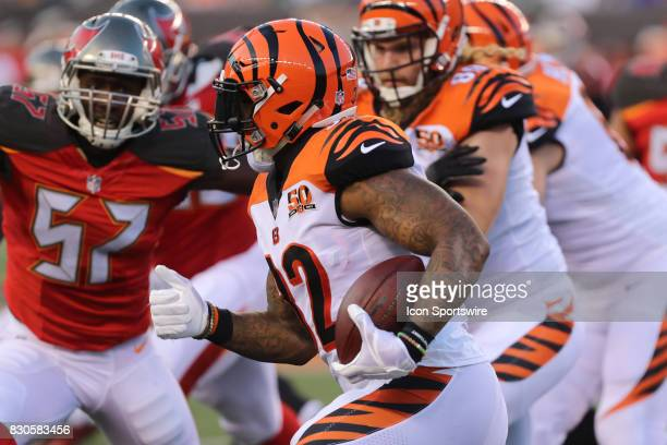 Cincinnati Bengals running back Jeremy Hill carries the ball during the preseason game against the Tampa Bay Buccaneers and the Cincinnati Bengals at...