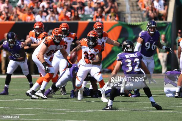 Cincinnati Bengals running back Jeremy Hill carries the ball during the NFL game against the Baltimore Ravens and the Cincinnati Bengals on September...