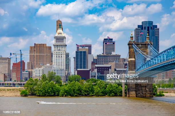 cincinnati with roebling bridge - ohio stock pictures, royalty-free photos & images