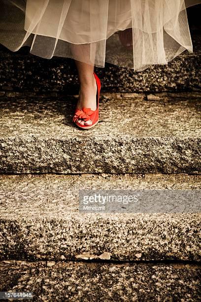 cinderela de sair - sapato vermelho imagens e fotografias de stock