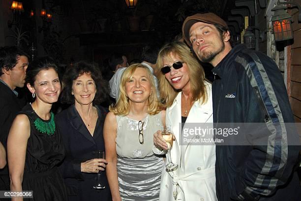 Cindi Leive Ellen Levine Sheila Weller Carly Simon and Ben Taylor attend Glamour Magazine celebrates Sheila Weller's Girls Like Us Carole King Joni...