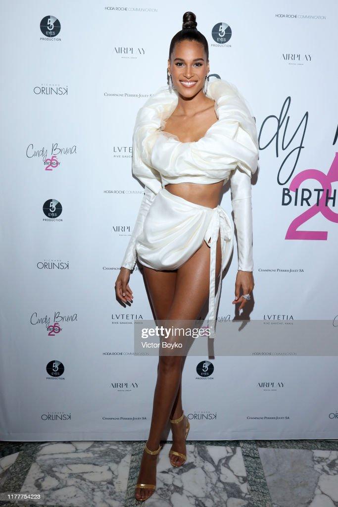 Hotel Lutetia : Cindy Bruna's Birthday Party - Paris Fashion Week - Womenswear Spring Summer 2020 : Photo d'actualité