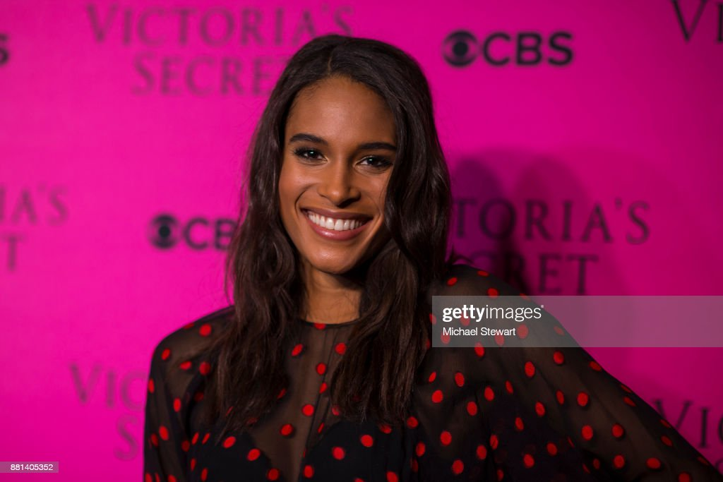 Cindy Bruna attends the 2017 Victoria's Secret Fashion Show viewing party pink carpet at Spring Studios on November 28, 2017 in New York City.