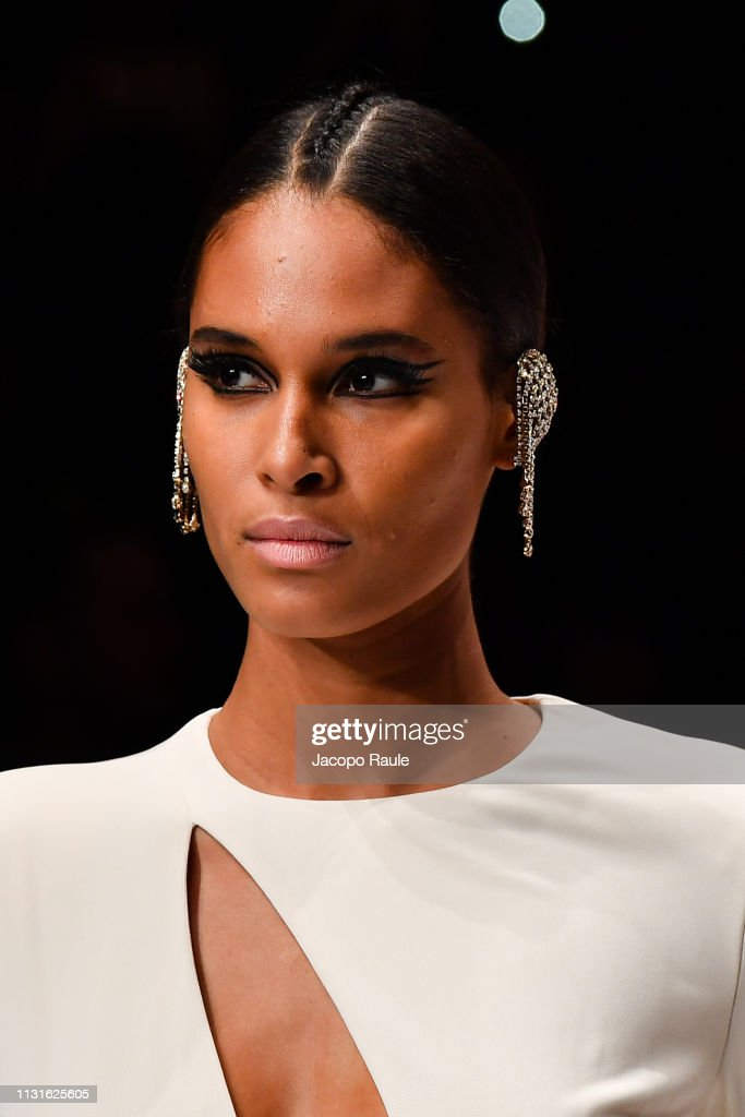 ITA: Elisabetta Franchi - Runway: Milan Fashion Week Autumn/Winter 2019/20