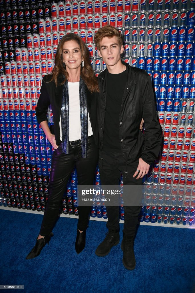 Cindy Crawford (L) and Presley Gerber at Pepsi Generations Live Pop-Up on February 2, 2018 in Minneapolis, Minnesota.