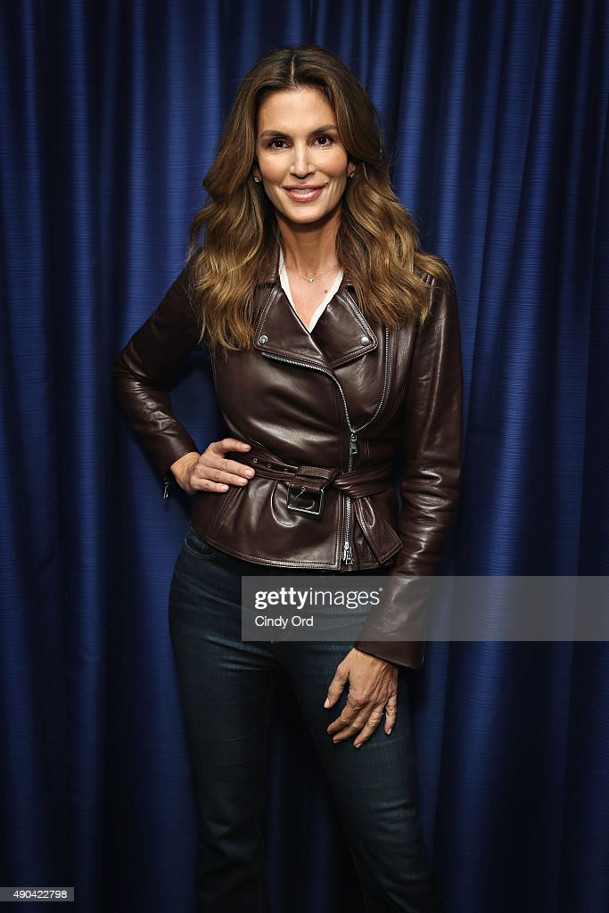 "Cindy Crawford Appears On ""SiriusXM Leading Ladies"" Series Hosted By SiriusXM Host Jenny Hutt : Foto jornalística"