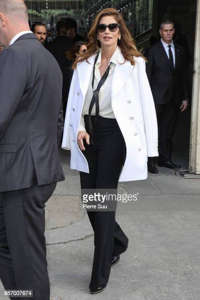 Cindy Crawford leaves the Chanel show as part of the Paris Fashion Week Womenswear Spring/Summer 2018 on October 3 2017 in Paris France