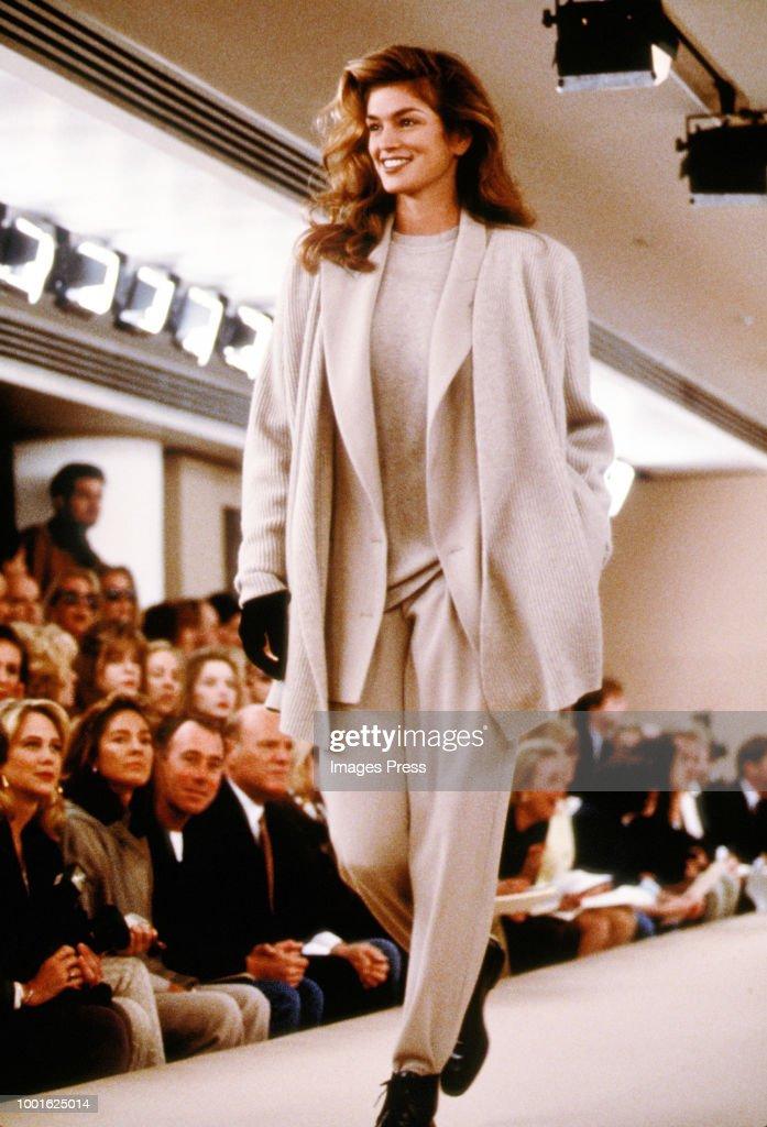 Cindy Crawford... : News Photo