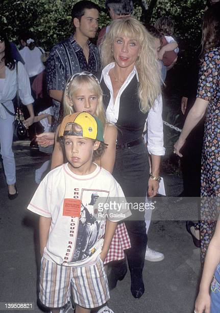 Cindy Landon son Sean Landon and daughter Jennifer Landon attend the Teenage Mutant Ninja Turtles III Universal City Premiere on March 6 1993 at...