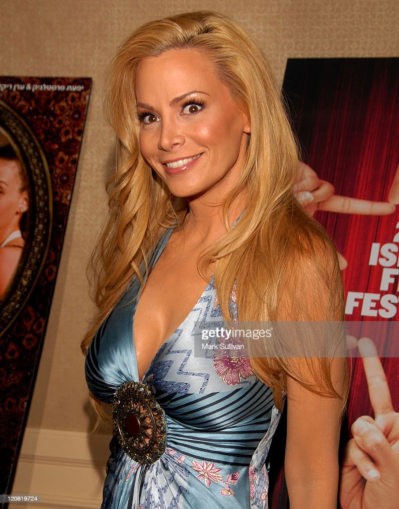 Communication on this topic: Mary Hay (actress), cindy-margolis-united-states/