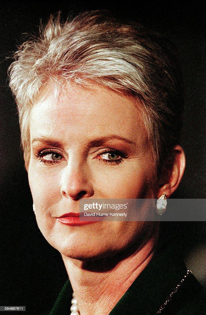 Cindy McCain... : News Photo