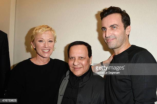 Cindy Sherman Azzedine Alaia and designer Nicolas Ghesquiere pose backstage after the Louis Vuitton show as part of the Paris Fashion Week Womenswear...